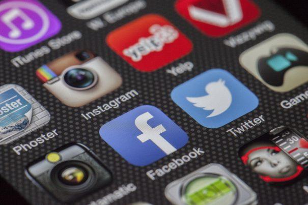 Grundlagen zur Content-Generierung über das Social Web