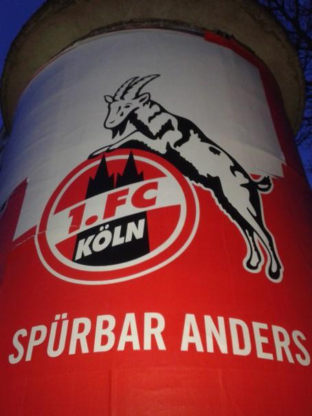 Litfaßsäulen-Kampagne FC-Connect
